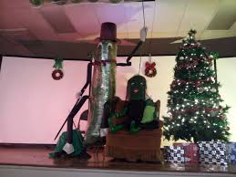 Dill Pickle On The Christmas Tree by New Year U0027s Eve Thousands Expected At Dillsburg Pickle Drop Where