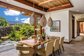 15 Thrilling Tropical Dining Room Interiors That Will ...