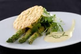 cuisine crue recette de asperges vertes crues et cuites au sabayon basilic
