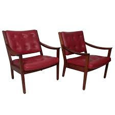 Wh Gunlocke Chair Co by Pair Of Tufted Arm Chairs By W H Gunlocke At 1stdibs