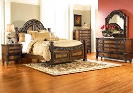 Badcock Bedroom Sets by Verona 5 Pc Queen Bedroom Badcock Home Furniture U0026 More Of South