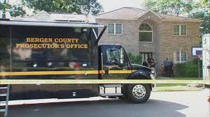 Body Found At Home Of New York Giants Player Janoris Jenkins In Fair ... Dean Trailways Adds 2 Van Hool Coaches Trailerbody Builders Commercial Dry Body For Sale On Cmialucktradercom Abc 66042 Nissan Sunny Truck 110 Mini Set Rckleinkram 2003 Ford E350 Enclosed Utility Truck Russells Sales Used American Co At Texas Center Serving Spider Web Pinewood Derby Car Skin 3100782 2014 Ram 3500 4x4 Diesel Body Cooley Auto Eicher Motors Super Trucks Arbodiescom Transmission Care In Atlantic Beach Fl