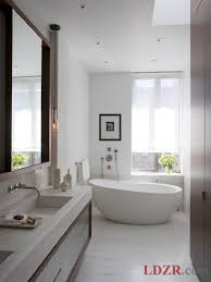 Long Narrow Bathroom Ideas by Narrow Bathroom Decor Best 25 Long Narrow Bathroom Ideas On