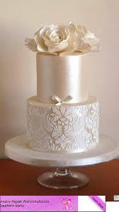 Different Kinds Wedding Cakes Svadobná torta V Pºdrov½ch Farbách