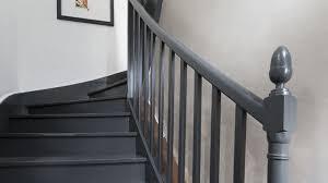 escalier en bois en béton en colimaçon quart tournant