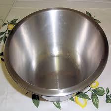 cul de poule bol à fond plat indispensable pour les préparations