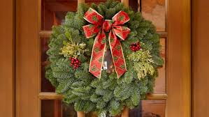 22 Mixed Evergreen Gift Wreath