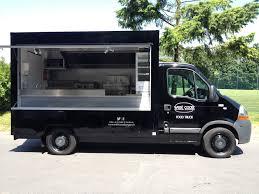 camion équipé cuisine nos camions à saisir moncamionresto com