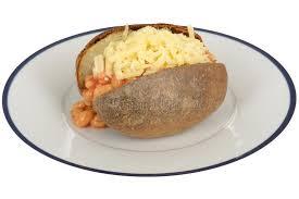 pomme de terre en robe de chambre au four haricots et pomme de terre en robe de chambre cuits au four de