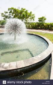 100 Water Hotel Dubai Fountain In Gardens Garden Of Raffles