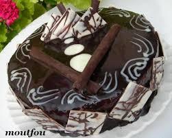 decoration patisserie en chocolat gâteau d anniversaire au chocolat le de moutfou