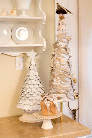 Seashell Christmas Tree by 567 Best Topiary Tree Images On Pinterest Christmas Crafts