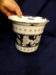 pot de chambre ancien ancien pot de chambre en métal émaillé populaire enamelware