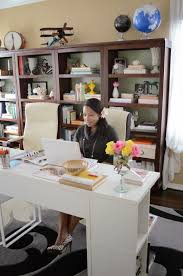 5 easy steps to create a stylish clutter free home office for two