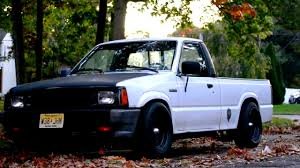 100 Mazda Mini Truck 1988 B2200 Lowered Nikon D3100 Cinematic Video