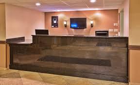 Tile Shop Timonium Maryland by Aberdeen Sd Hotels Americinn Aberdeen Hotel U0026 Suites