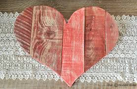 Tortilla Curtain Pdf Online by Rustic Diy Pallet Wood Hearts Free Templates Remodelaholic