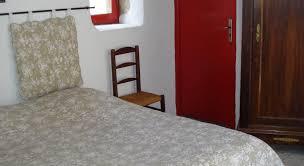 chambre d hote goudargues l ostalet de la blanchisserie réservez en ligne bed