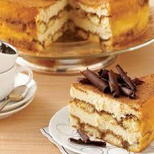 dessert avec des boudoirs gâteau à la citrouille avec crème caramel glaçage au fromage