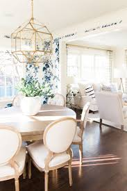 Country Dining Room Ideas Pinterest by Best 25 Dining Room Wallpaper Ideas On Pinterest Dining Room