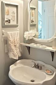 Pinterest Bathroom Ideas Beach by Best 25 Small Vintage Bathroom Ideas On Pinterest Vintage