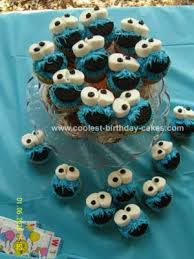 Homemade Cookie Monster Cupcakes I Made These For My Sons First Birthday Party As This Was The Time Ive Ever