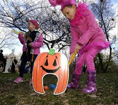 Naperville Halloween House A Youtube by Downtown Naperville Gets Into The Halloween Spirit
