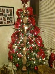 6ft Christmas Tree With Decorations by Christmas Trees Decorated In Red And Gold Red And Gold Ft