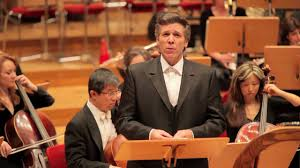 thomas hson sings john adams s the wound dresser in cologne 01