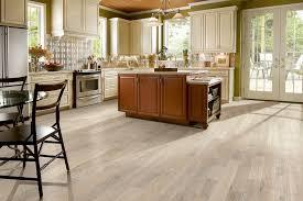 100 Peak Oak Flooring Solid Hardwood Signature Scrape SBKSS59L401H Bruce