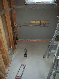 mur de separation exterieur tuyau d eau mur extérieur