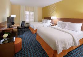 Northampton Hotel With Pool And Free Breakfast