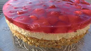 erdbeer mascarpone torte kaffee keks und kuchen