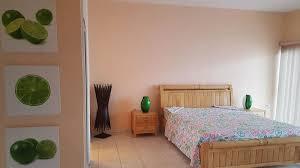 chambres d h es 17 e 2 grandes chambres 3 sdb a cupecoy 2 500 rentals