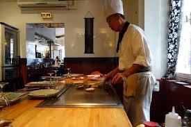 restaurant japonais chef cuisine devant vous les meilleurs restaurants japonais à asiatique
