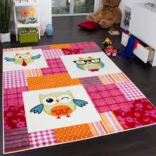 tapis chambre d enfant tapis chambre d enfant moderne chouette à carreaux multicolore