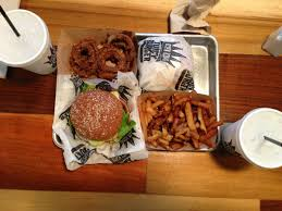 Sofa King Burger Menu by Sofa King Juicy Burger U0026 Onion Rings A Bite To Remember
