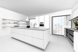 Moderne Weisse Küchen Bilder 3 Weiße Küchen Mit Unterschiedlichem Stil Landhaus Design