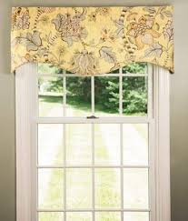 Country Curtains Greenville Delaware by Soft English Floral Lined Scalloped Valance Country Curtains