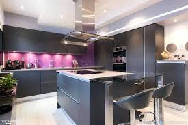 cuisine ouverte sur le salon bar cuisine salon modele de cuisine ouverte sur salon coins salle