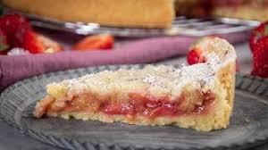 rhabarber erdbeer streusel kuchen wahnsinnig lecker