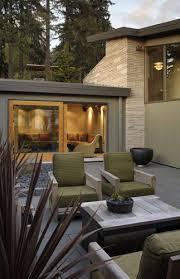 Courtyard Modern Outdoor Relaxing Area Design