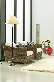 korbsessel im wohnzimmer mit moderner bild kaufen