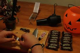 Halloween Candy Tampering News by Online Just How Likely Are You To Find A Razor Blade In Your Candy