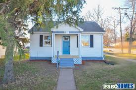 Can Shed Cedar Rapids Hours by 1271 16th Ave Sw Cedar Rapids Ia 52404 Home For Sale By Owner