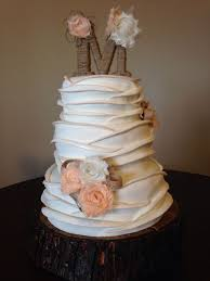 Rustic Ruffled Wedding Cake