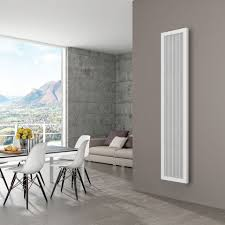 moderner heizkörper elektrisch vertikal bis 1497 watt quadronestyle