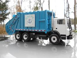 Refuse Hall Of Fame Products Wastebuilt Pompano Waste Management Condor Leach Garbage Truck Youtube Intertional Trucks In Pennsylvania For Sale Used Classic Refuse Leach Trash Street Sewer Environmental Equipment Elindustriescom 2017 Freightliner M2 106 With Packer 4072 Fargo 31 Yard 2rii Municipal Inc 1992 Volvo Wx64 Trash Truck Item I9217 Sold February 4 Pictures Flickr