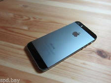 Apple iPhone 5s 16GB Space Gray Unlocked A1533 GSM