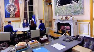 bureau du chef le brief politique un gri gri gaulliste dans le bureau du président